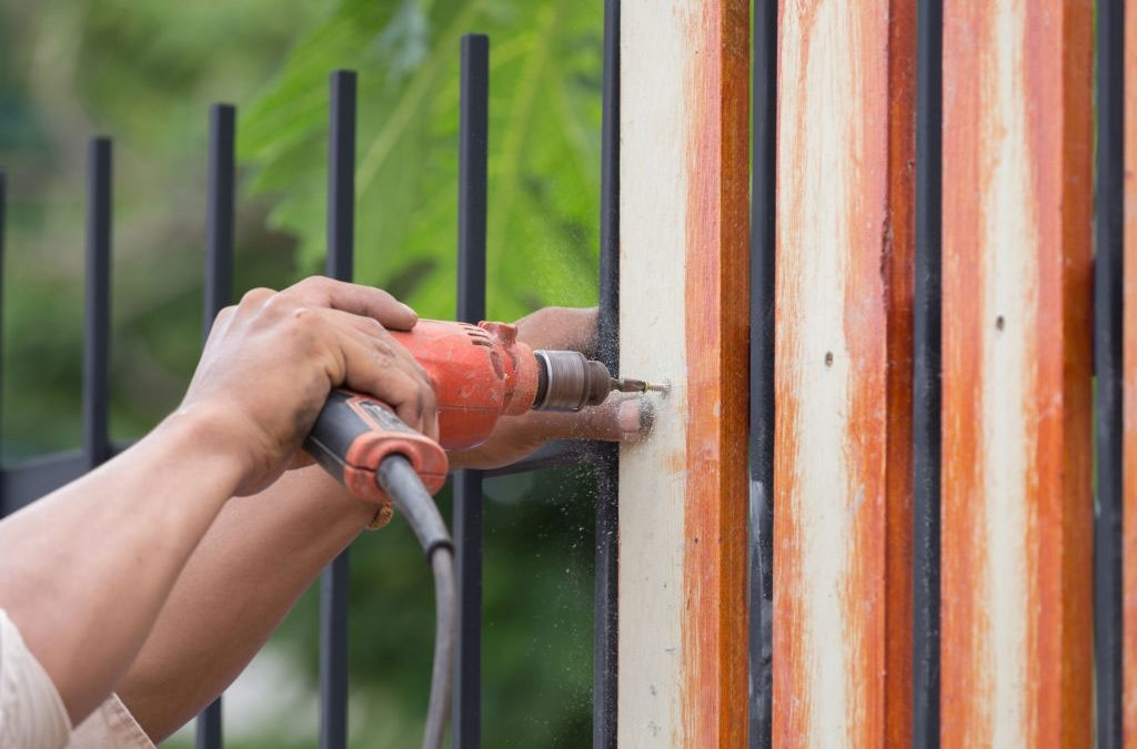 Some of the Important Factors to Consider When You Are Doing a Fence Installation
